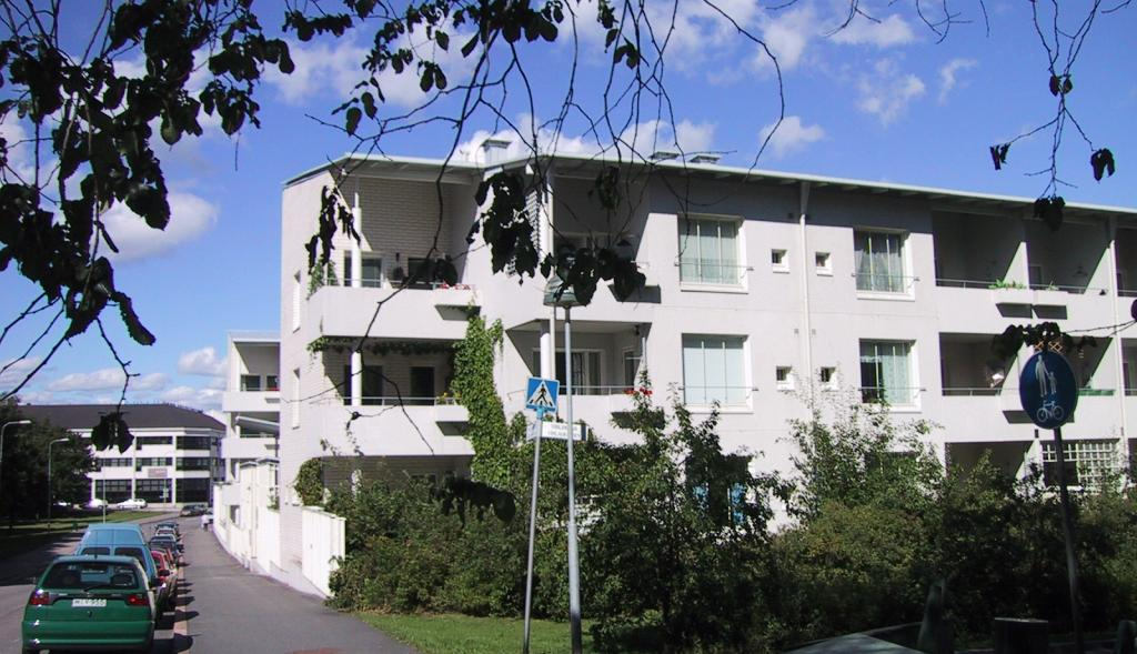Kuvassa Hekan kiinteistö Hermannissa osoitteessa Vellamonkatu 23.