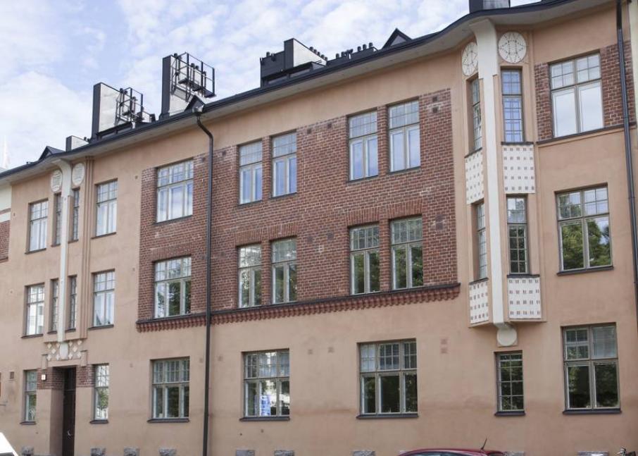 Hekan kiinteistö Alppilassa osoitteessa Aleksis Kiven katu 40.