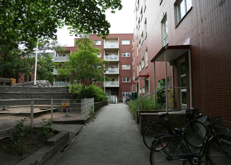 Kuvassa Hekan kiinteistö Länsi-Pasilassa osoitteessa Pasilanraitio 4.