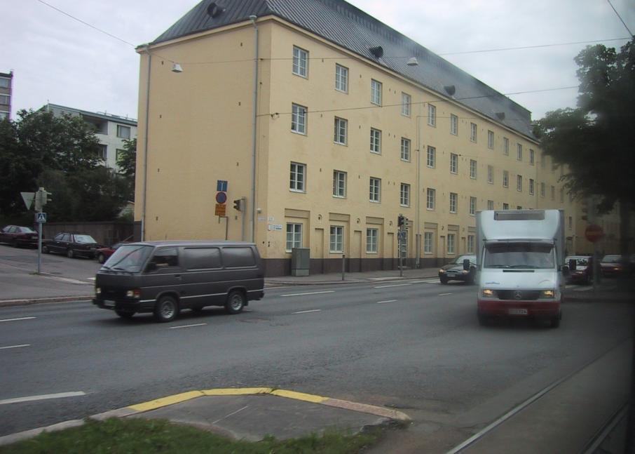 Kuvassa Hekan kiinteistö Vallilassa osoitteessa Mäkelänkatu 45.
